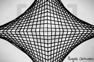Líneas rectas - Trama sagrada